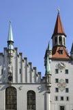 Marienplatz广场的老市政厅在慕尼黑,巴伐利亚 免版税库存图片
