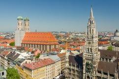Marienplatz的全景是一个中心广场在慕尼黑,德国的市中心 免版税库存照片