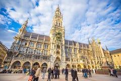 Marienplatz в центре города Мюнхена, Германии Стоковые Фотографии RF