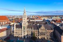 Marienplatz miasta i urzędu miasta linia horyzontu w Monachium, Niemcy Fotografia Royalty Free