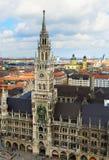 Marienplatz stadshus av Munich, Tyskland Arkivfoto