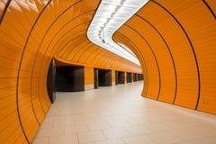 Marienplatz underjordisk station i Munich, Tyskland Royaltyfri Foto