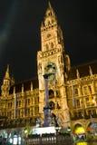 marienplatzmunich natt Royaltyfria Bilder