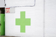 Marihuana-Apotheken-Speicher Lizenzfreie Stockfotos