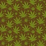 Marihuana bezszwowy wzór Marihuana jest niekończący się teksturą Medyczny konopiany wielostrzałowy tło również zwrócić corel ilus Obrazy Royalty Free