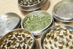 Marihuana. Verordnungs-medizinische und entspannende Arzneimittelindustrie. Lizenzfreies Stockfoto