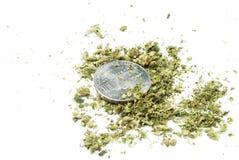 Marihuana, weißer Hintergrund Stockfotografie
