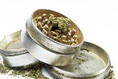 Marihuana, weißes Hintergrund-Studio-Handelsphotographie Stockbild
