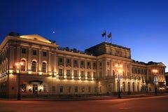 mariinskiy дворец стоковые изображения