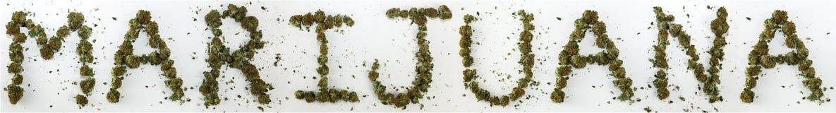 Marijuana écrite avec la marijuana Photographie stock libre de droits