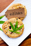 Marijuana - cannabis - Edibles médicinal - biscuits photos stock