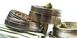 Marijuanalegalisering, ogräs och kruka Arkivfoton