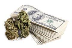 Marihuana u. Bargeld Stockfoto