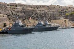 Marin- fartygankare på den gamla hamnen i La Valletta Royaltyfri Bild