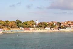 Marin- strand av semesterortstaden Arkivfoton
