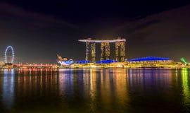 Marina Bay Sands Hotel la nuit, Singapour Photo libre de droits