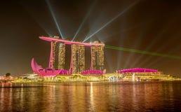 Marina Bay Sands Hotel la nuit, Singapour Photos stock