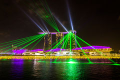 Marina Bay Sands Hotel under en multimediashow Royaltyfria Bilder