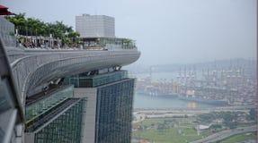 Marina Bay Sands hotell och huvudsaklig hamn av Singapore Arkivfoto