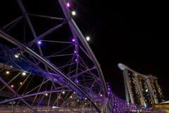 Marina Bay Sands och spiralbro Royaltyfria Foton