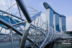 Marina Bay Sands och spiralbron Royaltyfri Fotografi