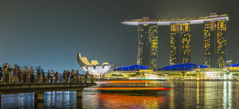MARINA BAY SANDS, SINGAPORE NOVEMBER 05, 2015: Marina Bay waterf. Ront and skyline, Singapore on November 05, 2015 Royalty Free Stock Photos
