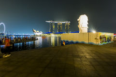 MARINA BAY SANDS, SINGAPORE NOVEMBER 05, 2015:The Merlion founta. In with fog flare effect Marina Bay, Singapore on November 05, 2015 Stock Photography