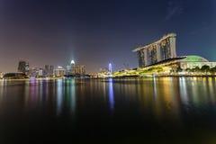 Marina Bay Singapore - April 1 2018 - sikt av Marina Bays Sand Arkivbild