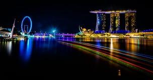 Marina Bay und Singapur-Flieger lizenzfreie stockfotografie