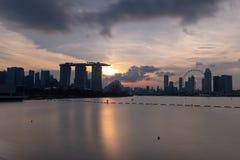 Marina Bay View de la señal de la ciudad de Singapur Hotel, paisaje urbano adentro Fotos de archivo libres de regalías