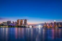 Marina Bay View van de stadsoriëntatiepunt van Singapore Royalty-vrije Stock Foto's