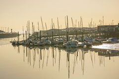 Marina chez Littlehampton, le Sussex, Angleterre Photographie stock libre de droits