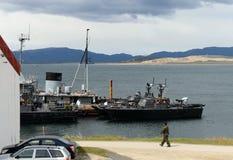 Marina de guerra la Argentina de la base militar en Ushuaia Imágenes de archivo libres de regalías