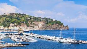 Marina de Lacco Ameno, ischions île, Italie Image stock