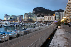 Marina de village d'océan au Gibraltar Photos stock