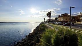 Marina del Rey Channel vers la mer Photos libres de droits