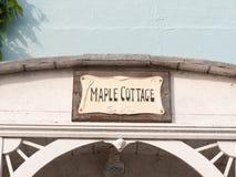 Marina domu znak nad archway chałupy klonowy znak Obrazy Stock
