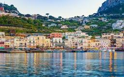 Marina Grande nach Sonnenuntergang, Capri-Insel, Italien stockfotografie
