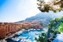 Marina i den Monaco staden Royaltyfri Bild