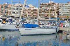 Marina intérieure de ville Image libre de droits