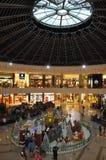 Marina Mall Dubai i vinterperiod Arkivbild