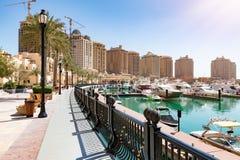Marina nabrzeża przejście przy perłą w Doha, Katar fotografia royalty free