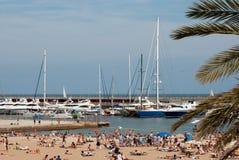 Marina och strand i Barselona royaltyfri foto