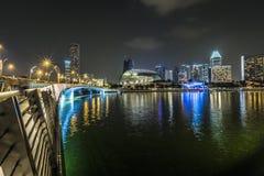 MARINA PODPALANI piaski, SINGAPUR LISTOPAD 05, 2015: Marina Podpalany waterf Zdjęcie Stock