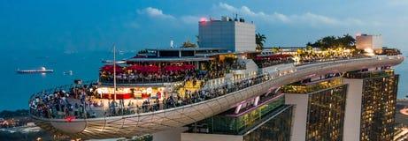 Marina Podpalany Hotelowy Skypark Skygarden Skybar przy Singapur obrazy royalty free