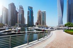 Marina Promenade in Dubai-Stadt, UAE stockfotos