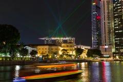 Marina Sands Bay Resort Laser toont royalty-vrije stock afbeeldingen