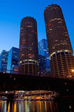 Marina Towers på skymning Fotografering för Bildbyråer