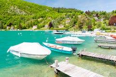Marina w Talloires przy Jeziornym Annecy w Francja Zdjęcie Royalty Free