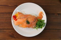 Marinade des saumons images libres de droits